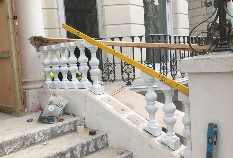 Stone balustrades before restoration